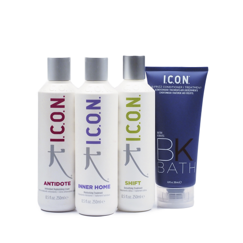 Los Regimedies de I.C.O.N. combinan un champú, un acondicionador y un tratamiento para el cuidado del cabello, reparándolo y preparándolo para el styling.